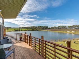 Bettenay's Lakeside Chalets and Luxury Spa Apartment, Cowaramup, Western Australia