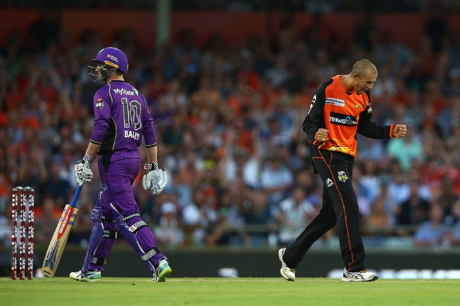 Big Bash League - Perth Scorchers vs Hobart Hurricanes, Burswood, Western Australia