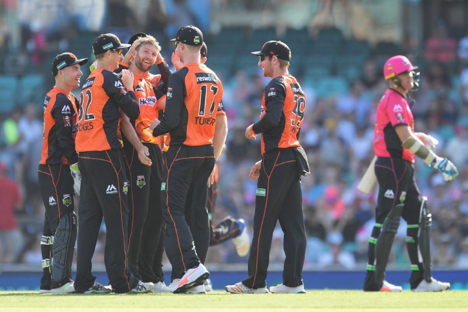 Big Bash League - Perth Scorchers vs Sydney Sixers, Burswood, Western Australia