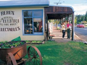 Blackwood River Valley Food and Beverage Trail, Balingup, Western Australia