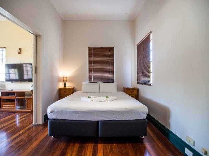 Captain Stirling Hotel, Nedlands, Western Australia