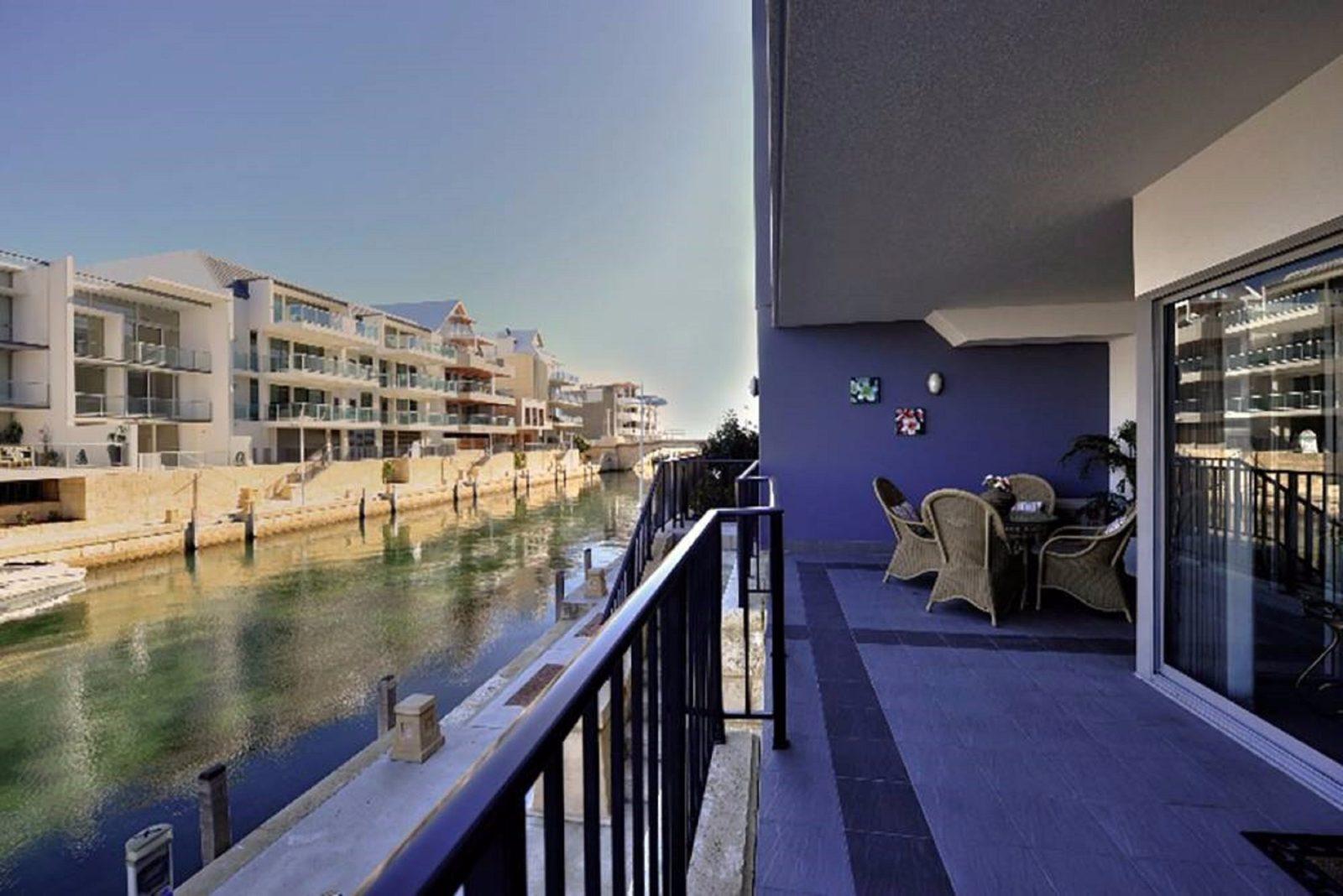 Crest Del Mar Apartments, Mandurah, Western Australia