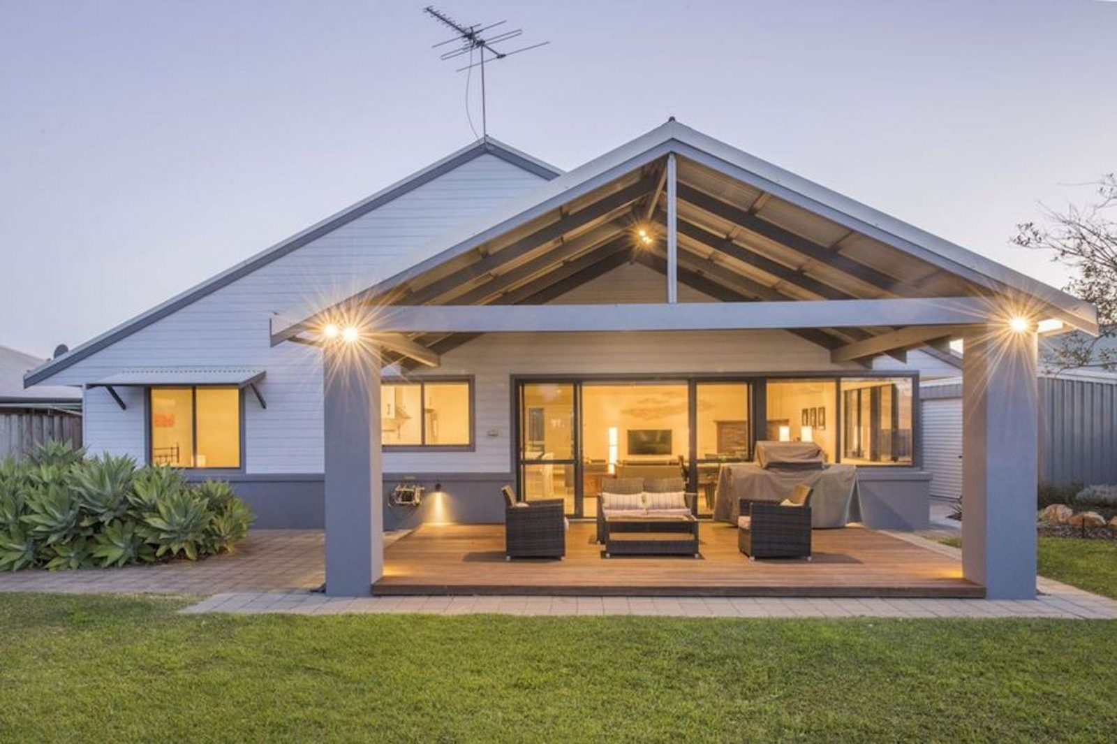 Dave's Digs, Quindalup, Western Australia