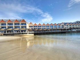 Dolphin Quay Apartment Hotel, Mandurah, Western Australia