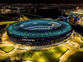 Fremantle Dockers v Gold Coast Sun, Burswood, Western Australias AFL Round 4