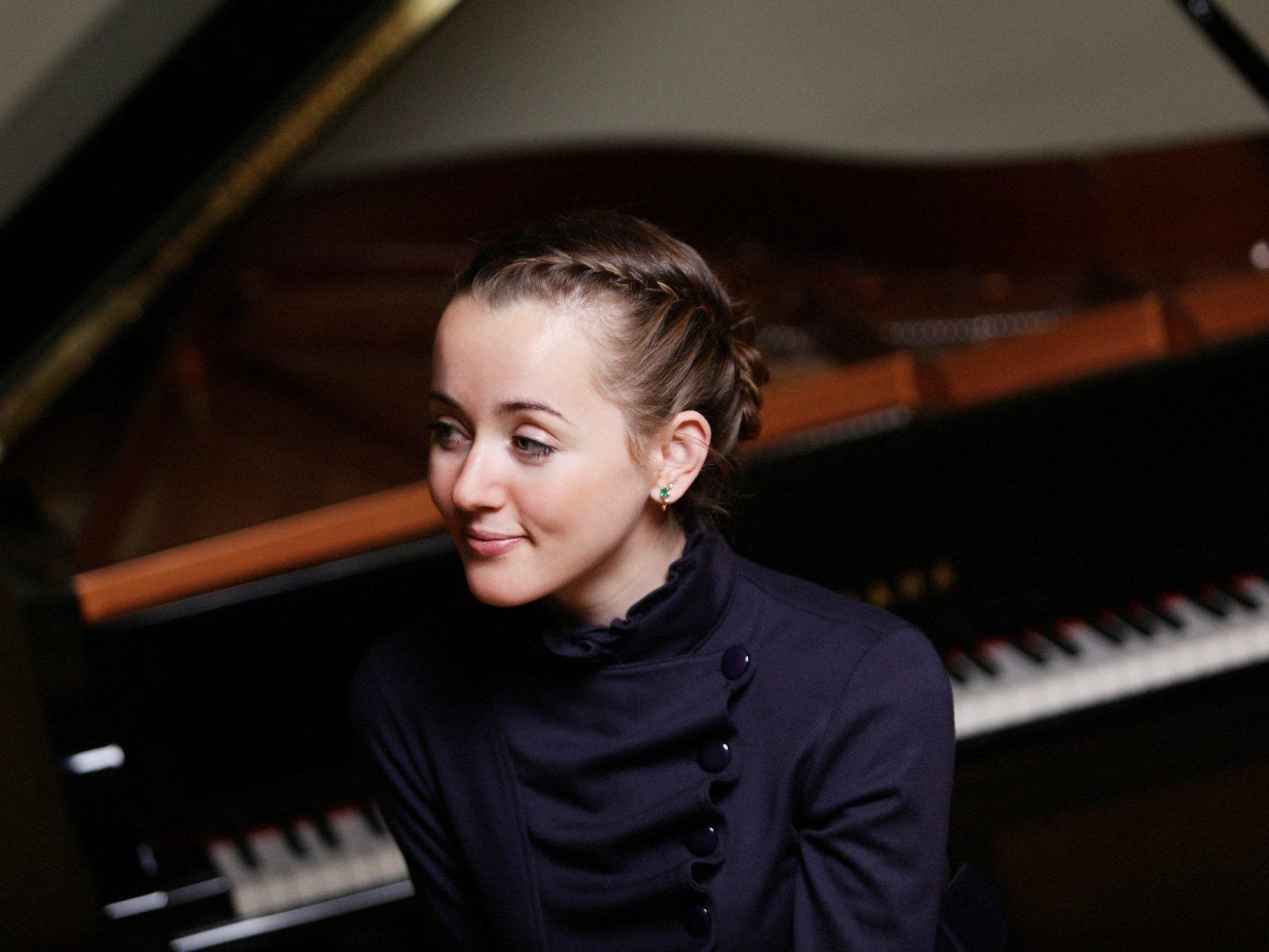 Internationally Acclaimed Pianist: Oxana Shevchenko, Bunbury, Western Australia