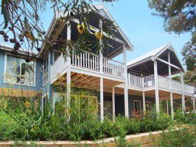 Kestrel Ashore, Eagle Bay, Western Australia