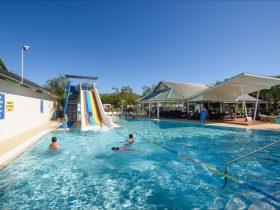 Mandalay Holiday Resort and Tourist Park, Bussleton, Western Australia