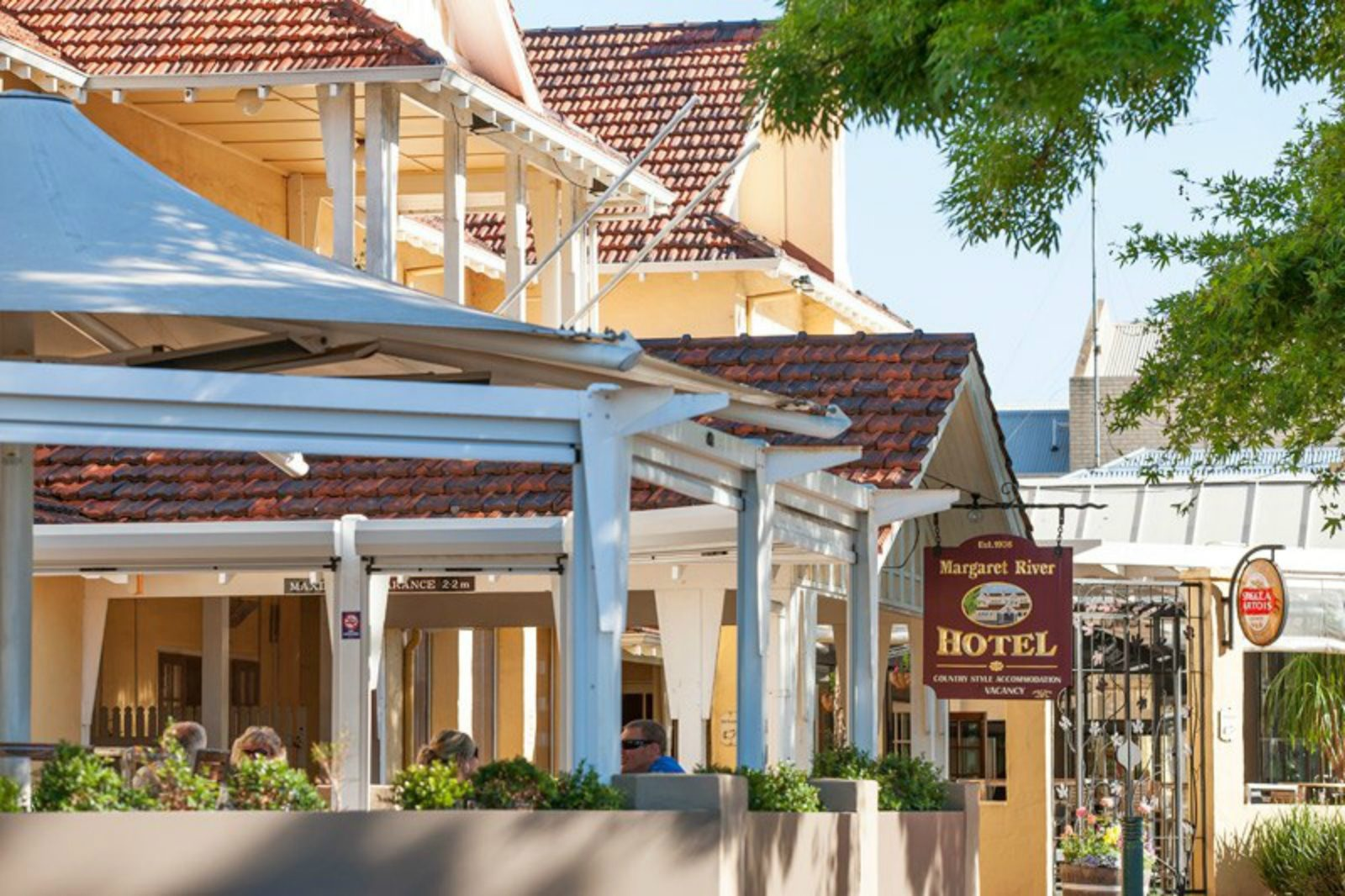 Margaret River Hotel and Holiday Suites, Margaret River, Western Australia
