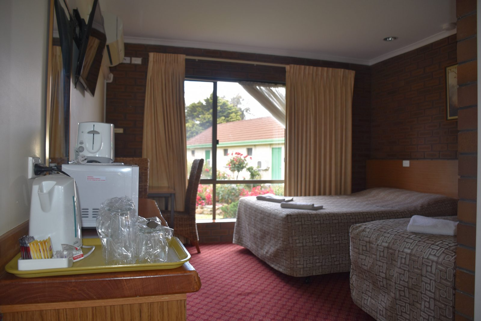 Mount Barker Valley Views Motel and Chalets, Mt Barker, Western Australia