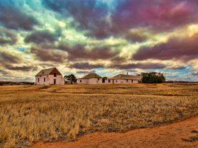 Oakabella Homestead and Tea Rooms, Bowes, Western Australia