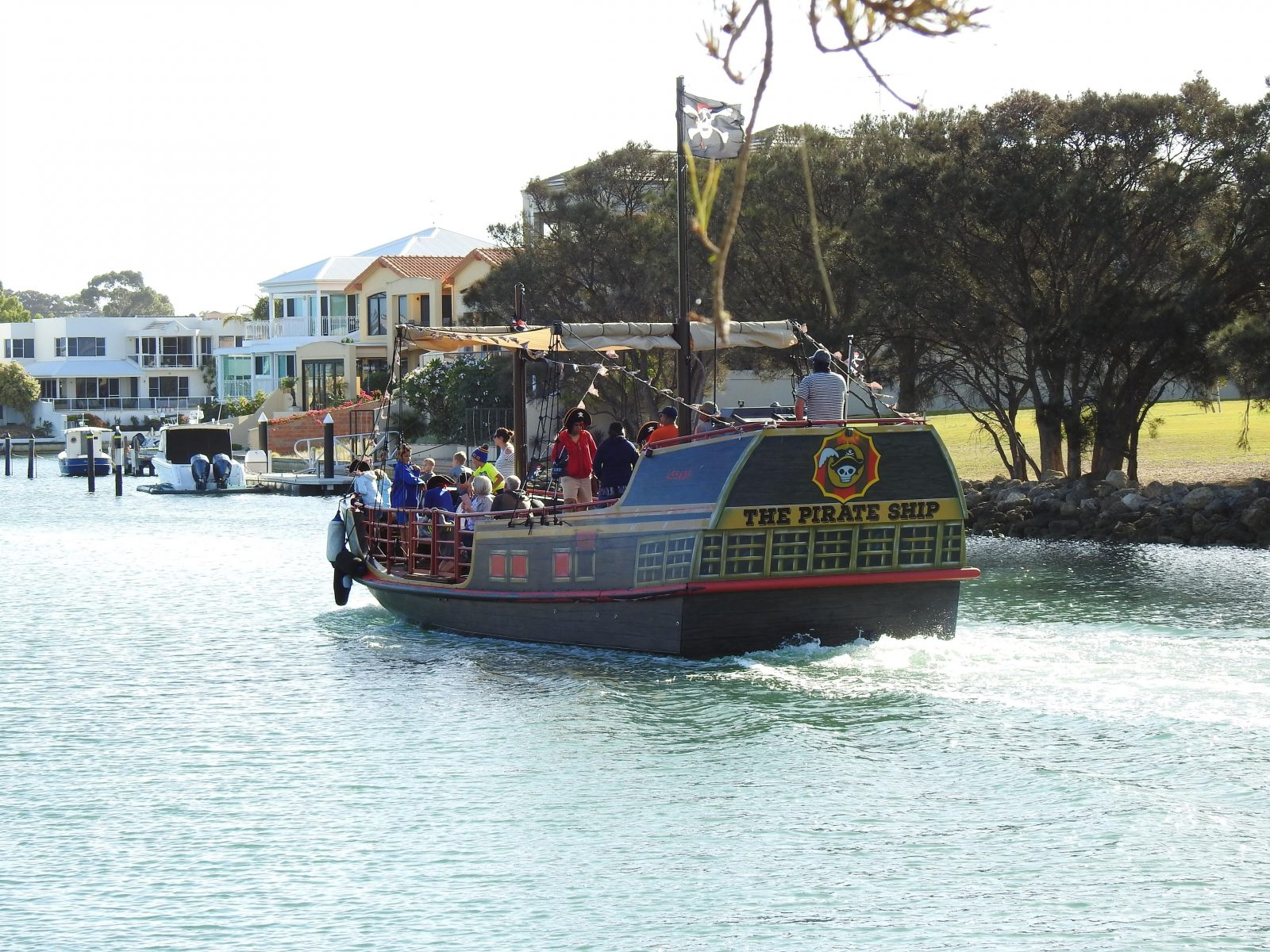 Pirate Ship entering Canals