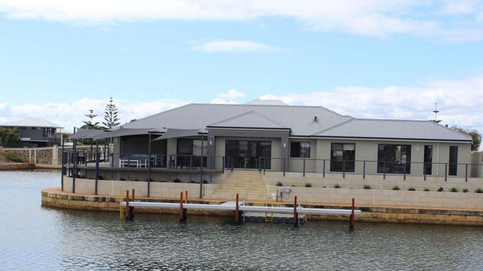 Port Bouvard Retreat, Wannanup, Western Australia