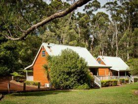 Riverglen Chalet, Margaret River, Western Australia