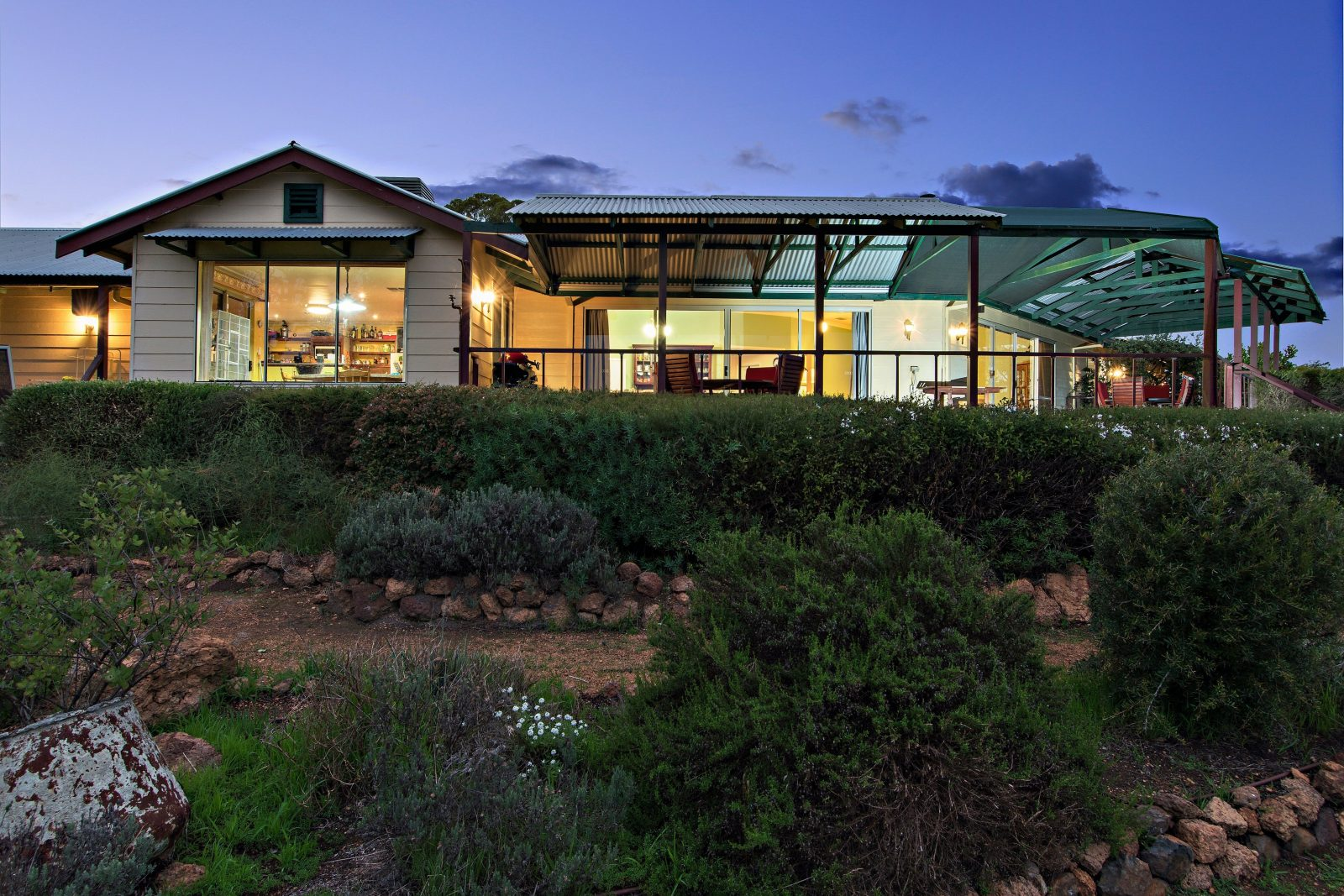 Shambhala Guesthouse, Kangaroo Valley, Western Australia