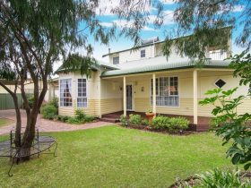 The Beach Retreat, West Busselton, Western Australia