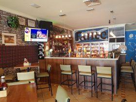 The Pipers Inn, Halls Head, Western Australia