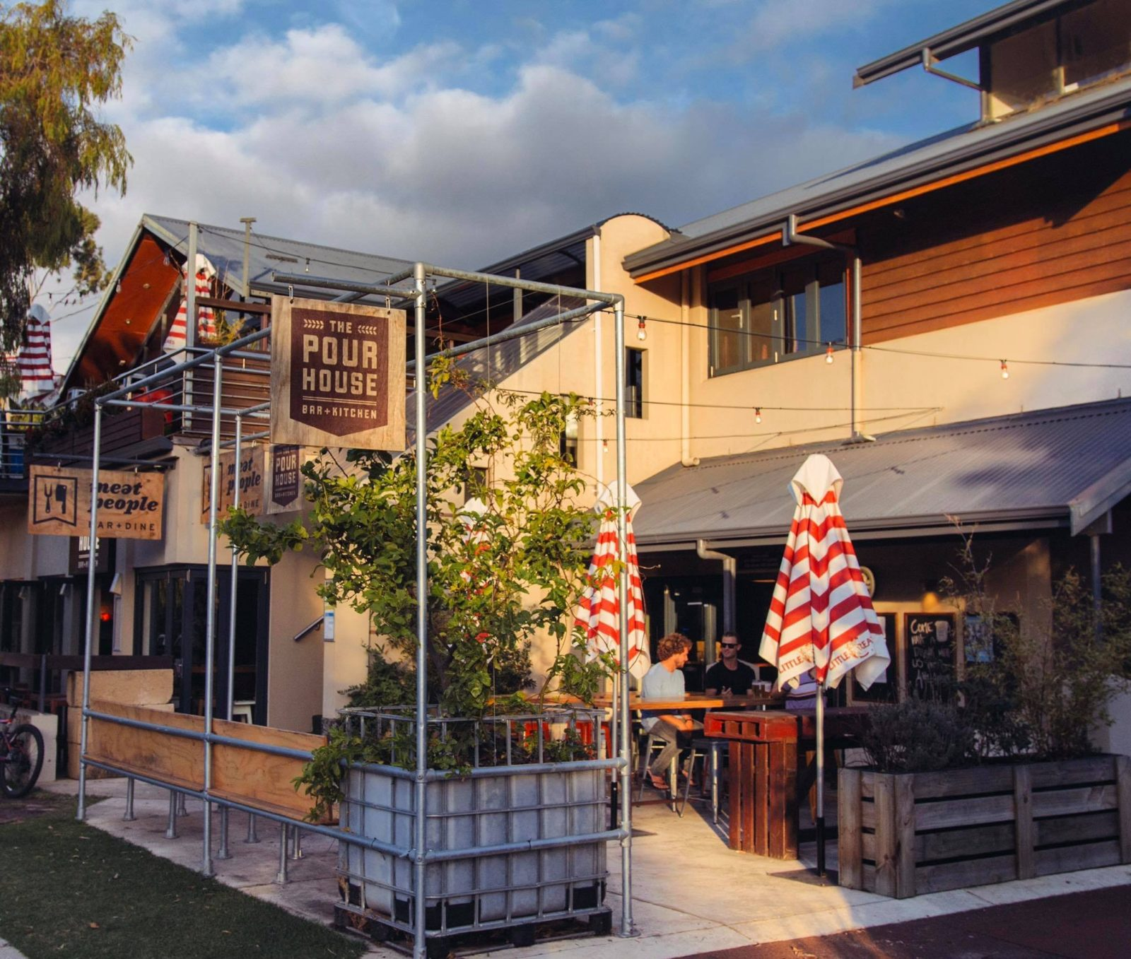 The Pour House Bar and Kitchen, Dunsborough, Western Australia