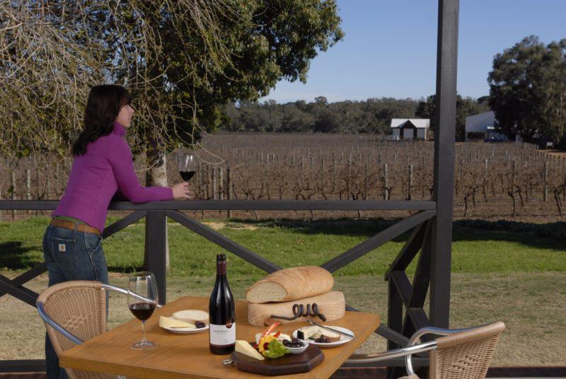 Upper Reach Winery Spa Cottage, Baskerville, Western Australia