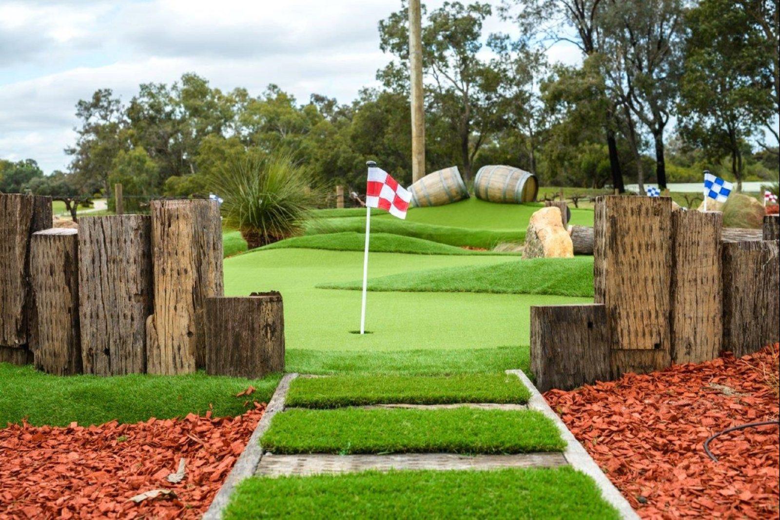 Vines Mini Golf, The Vines, Western Australia