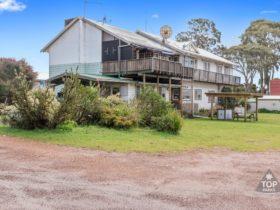 Walpole Rest Point Caravan Park, Walpole, Western Australia