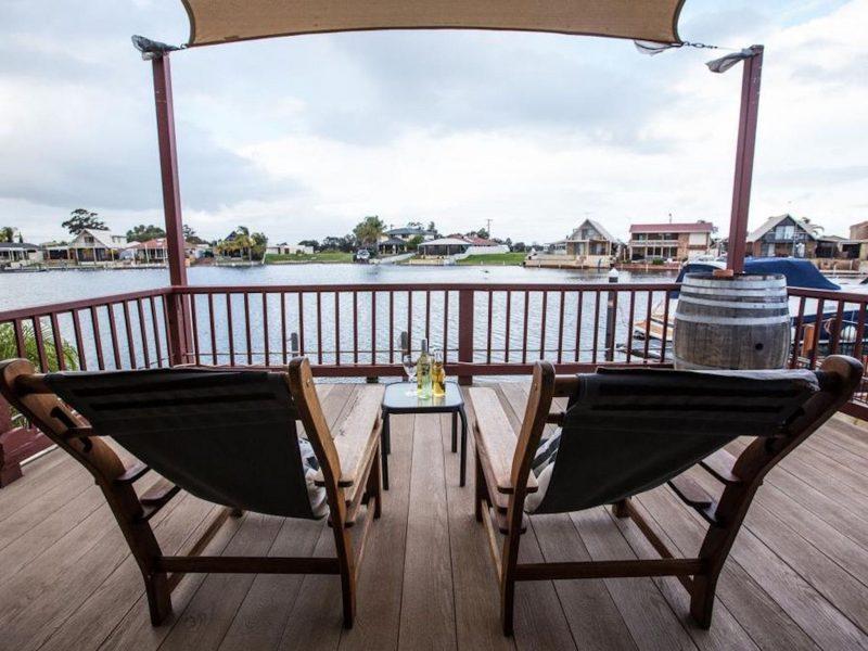 Waterside Resort Style, South Yunderup, Western Australia