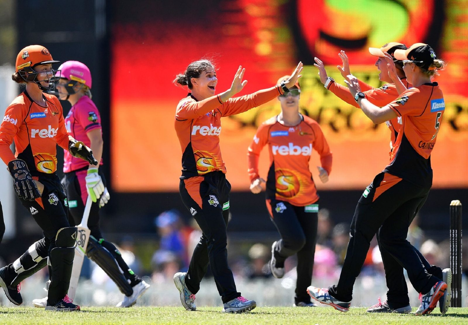 Women's Big Bash League Perth Scorchers vs Sydney Sixers, Caversham, Western Australia